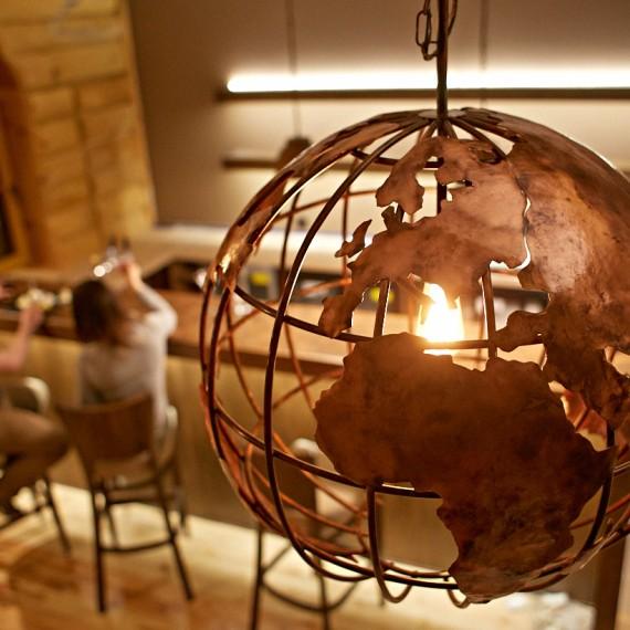 lampa miedziana globus